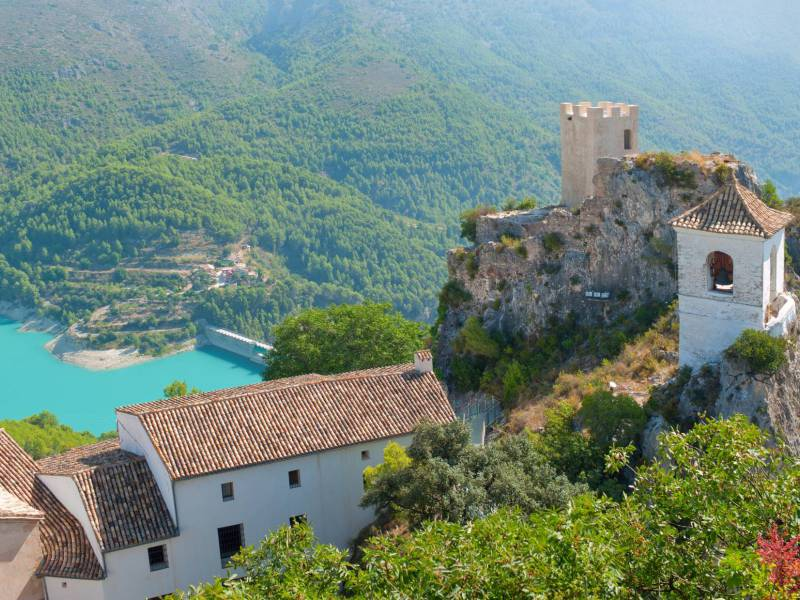 Get inspired at Guadalest, a picturesque mountain village