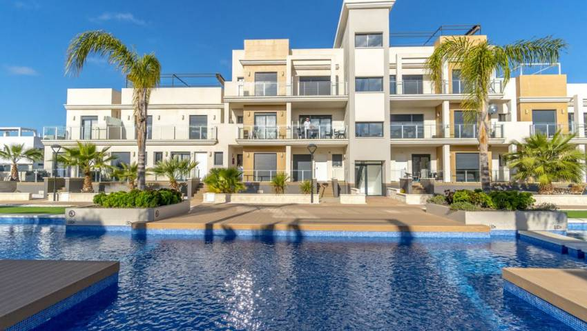 Ref:VB-26933 Townhouse For Sale in La Zenia
