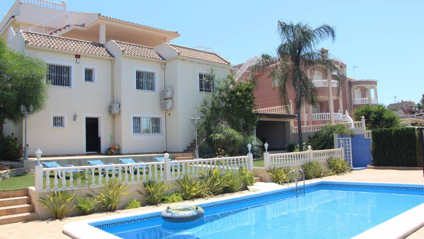 Ref:VB-28876 Villa For Sale in Torrevieja