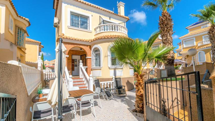 Ref:VB-18549 Villa For Sale in Villamartin