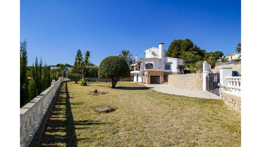 Ref:LQ-47982 Villa For Sale in Moraira