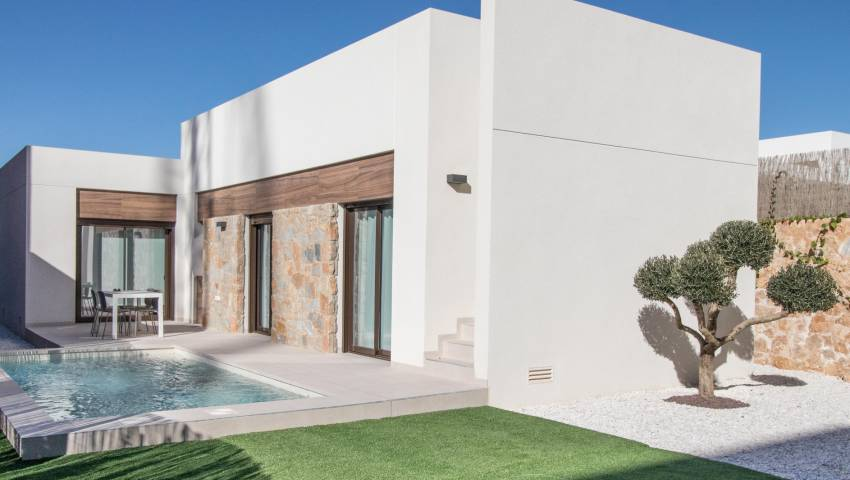 Ref:99714 Villa For Sale in Algorfa