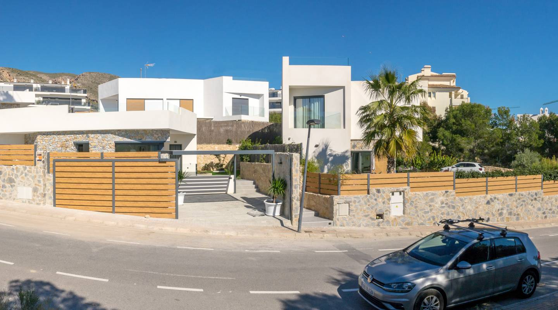 Ref:58579 Villa For Sale in Finestrat