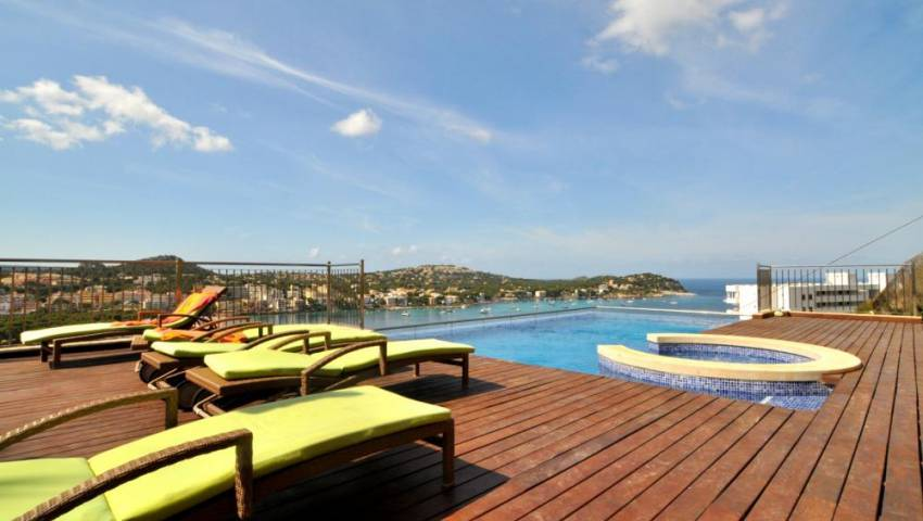 Ref:HK-28308 Villa For Sale in Santa Ponsa/Nova Santa Ponsa