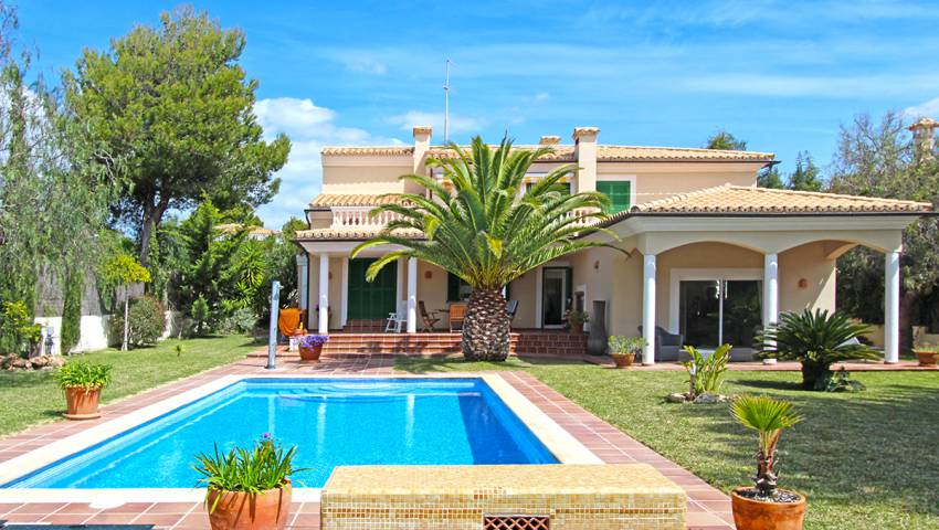 Ref:HK-12796 Villa For Sale in Santa Ponsa/Nova Santa Ponsa