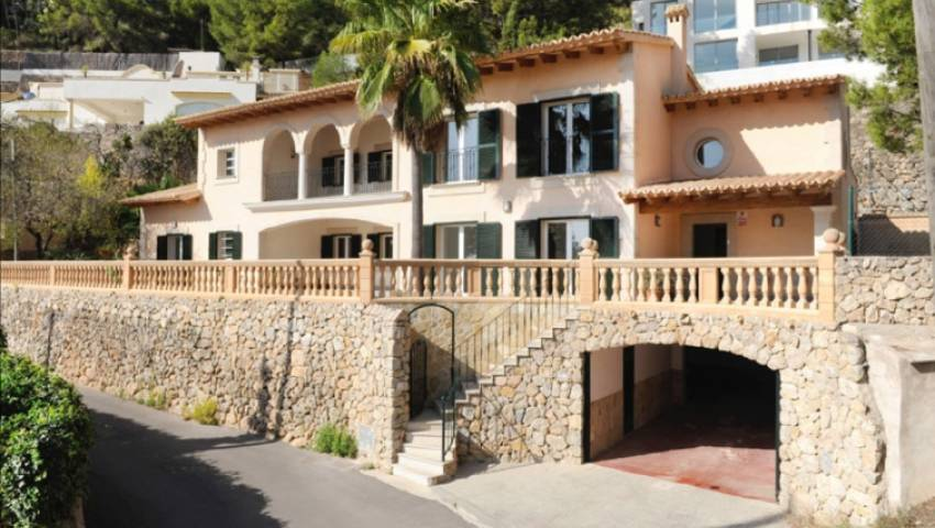 Ref:HK-67085 Villa For Sale in Genova