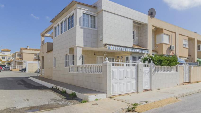 Ref:VB-35044 Townhouse For Sale in Torrevieja