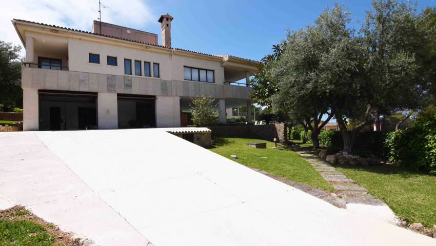 Ref:HK-61502 Villa For Sale in Santa Ponsa/Nova Santa Ponsa