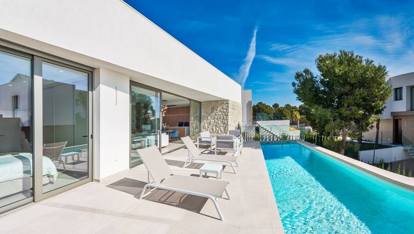 Ref:99341 Villa For Sale in Benidorm